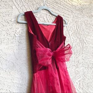 VINTAGE 90s or 00s Red Velvet Bow Prom Dress